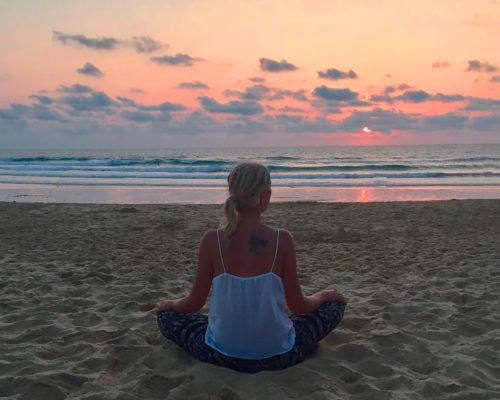 valerie-meditation-plage